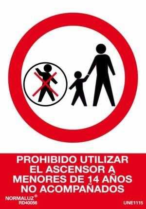 Prohibido utilizar el ascensor a menores de 14 años no acompañados