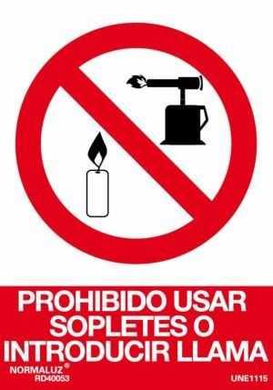 Prohibido usar sopletes o introducir llama