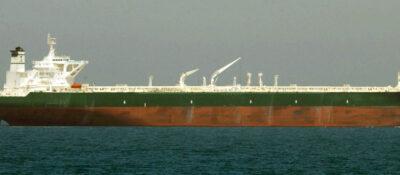 Explota un petrolero en Japón